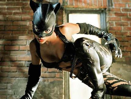 cat_woman_wideweb__430x3262